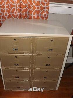 8 Door Indoor Locking Commercial Cluster Wall mount Mailbox with Keys