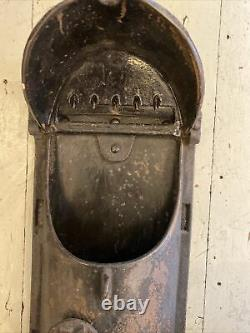 Ancien Vtg Old Cast Iron Mailbox No. 1 Boîte Postale Phoenix