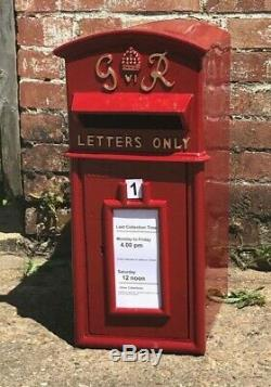 Royal Mail Cast Pilier De Fer Rouge Gr Postbox Option Sur Le Stand / Wall Mount Er Vr