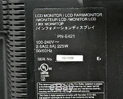 Used de Sharp Pne421 Moniteur LCD (de Pne421) Avec Support Mural Commercial Euc Display